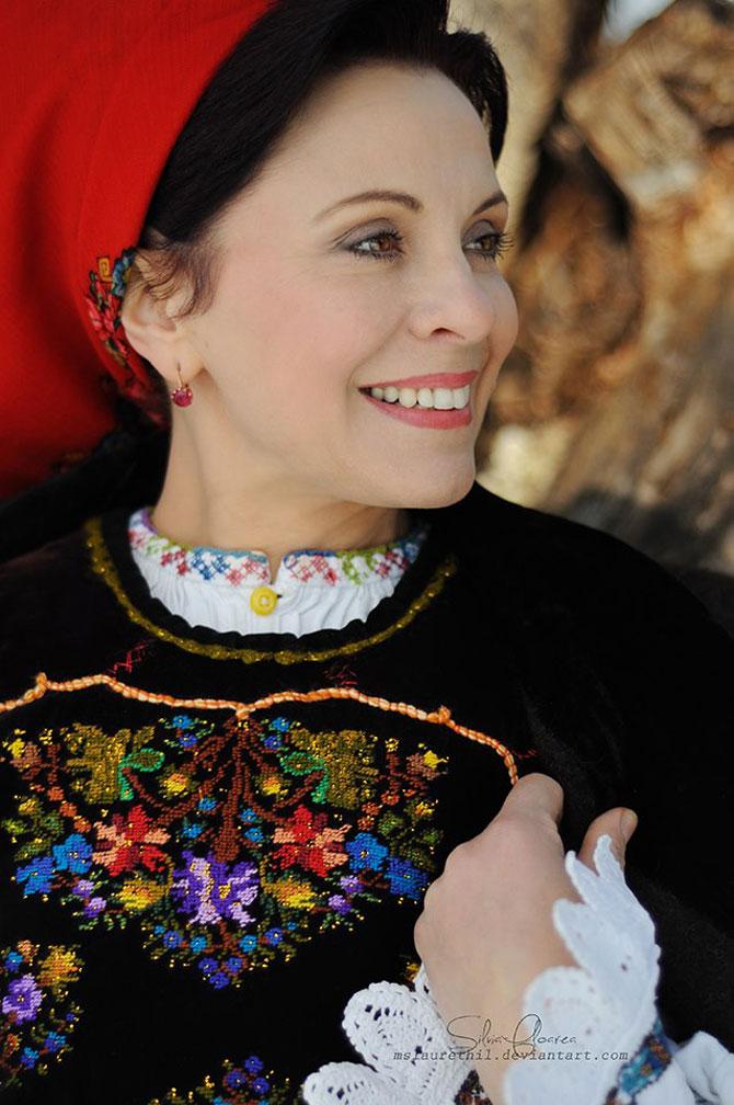 Mandrele si iile din Romania, de Silvia Floarea Toth - Poza 3