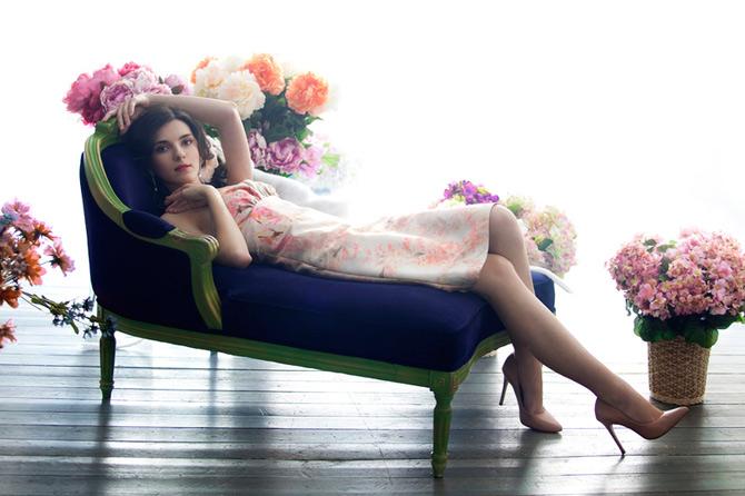 Florile si fetele Marinei Danilova - Poza 2
