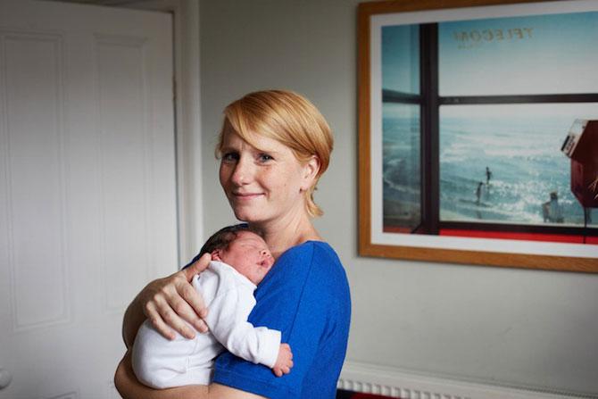 Emotie in portrete de mame cu bebelusi de o zi - Poza 8