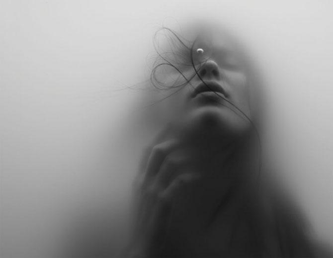 Fata fotografiata sub apa de Jacob Sutton - Poza 1