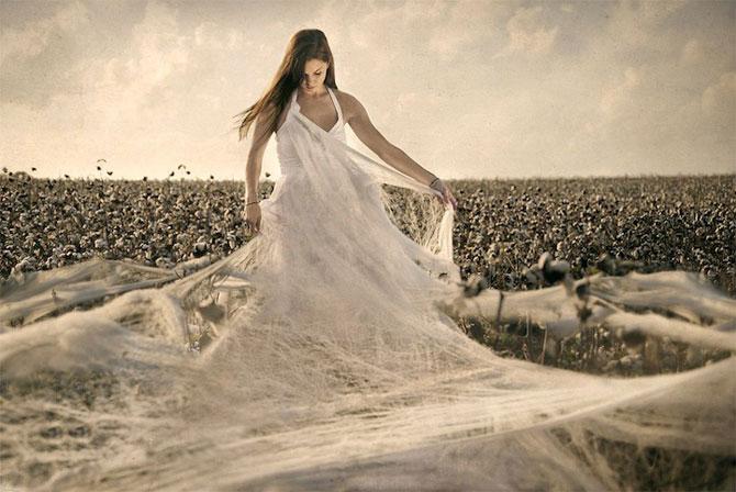 Autoportretele suprarealiste ale Ameliei Fletcher - Poza 5