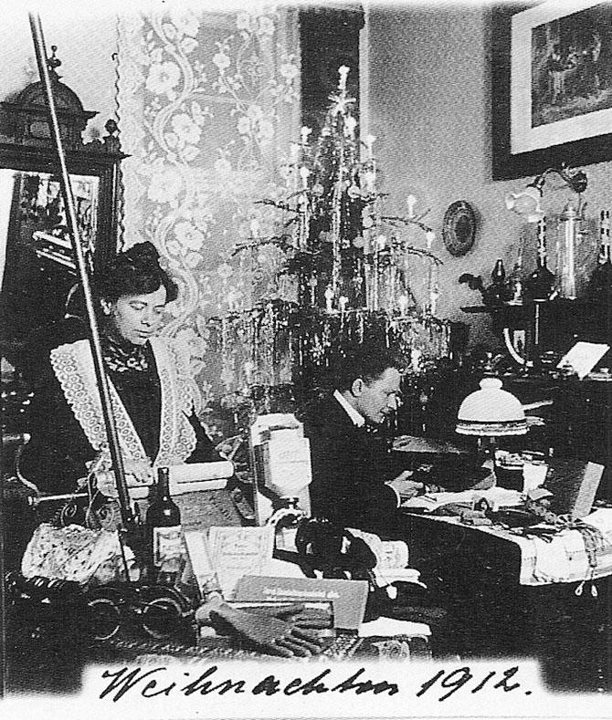 40 de Craciunuri in fotografii cu Anna si Richard Wagner - Poza 3
