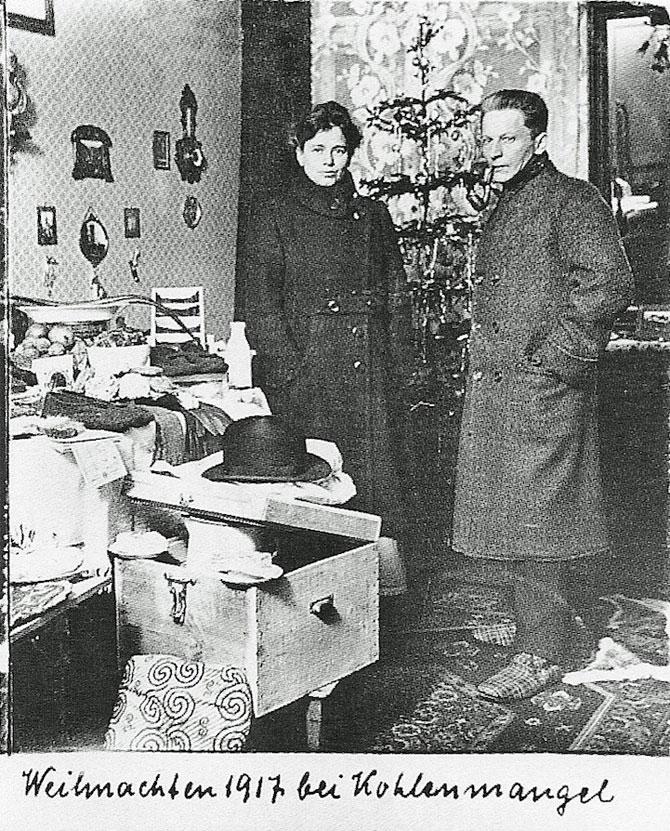 40 de Craciunuri in fotografii cu Anna si Richard Wagner - Poza 5