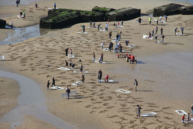 9.000 de siluete in nisip pentru Ziua Z - Poza 5