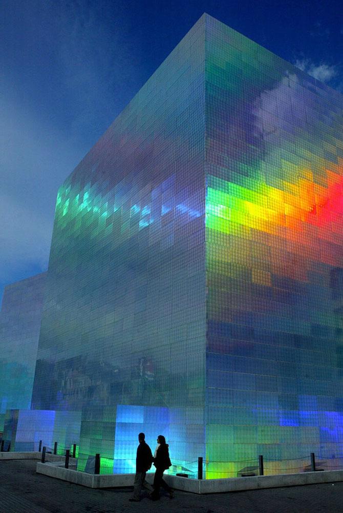 Cladirea-curcubeu, de Hiro Yamagata - Poza 4
