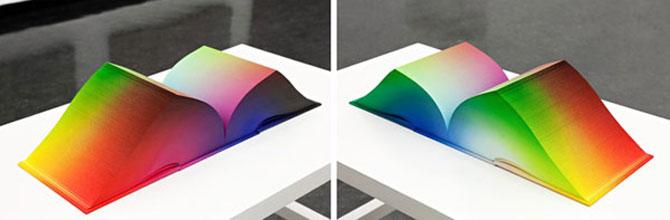 Atlasul culorilor RGB, de Tauba Auerbach - Poza 3