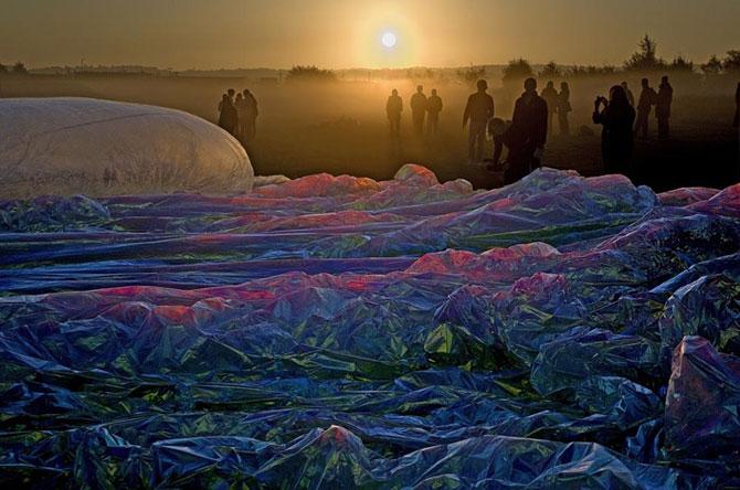 Tomas Saraceno simte respiratia poetica a cosmosului - Poza 2