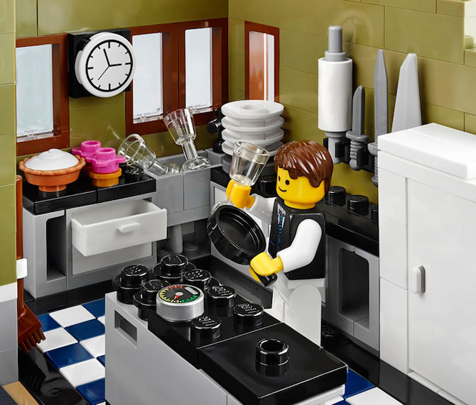 Restaurant parizian din mii de piese LEGO - Poza 3