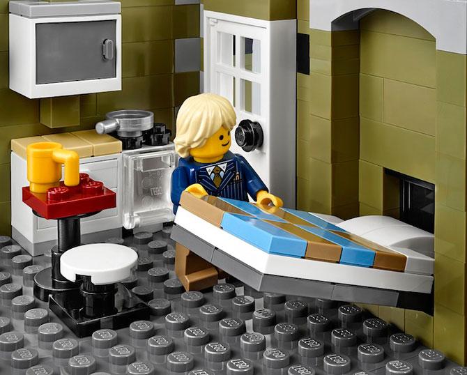 Restaurant parizian din mii de piese LEGO - Poza 4