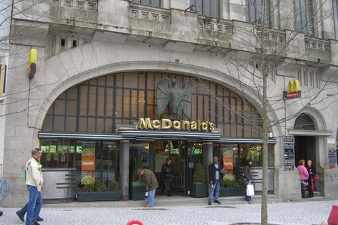 10 altfel de restaurante McDonalds - Poza 7