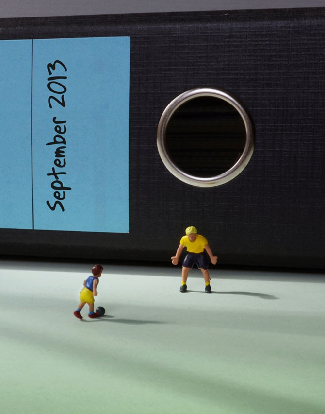 Viata la birou in miniaturi, de Bettina Guber - Poza 5