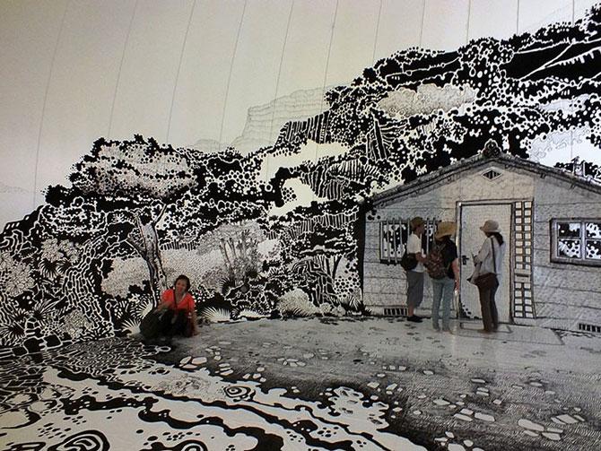 Oscar Oiwa a desenat o insula pe peretii unei scoli - Poza 2