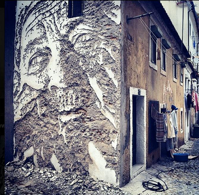 Portret in zid sau O lume fragila, dezvaluita cu ciocanul si cu dalta - Poza 1