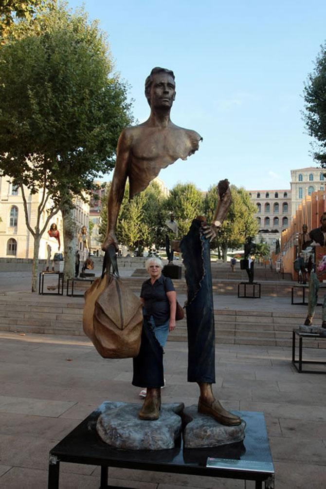 Statuile isi cauta bucatile lipsa - Poza 2