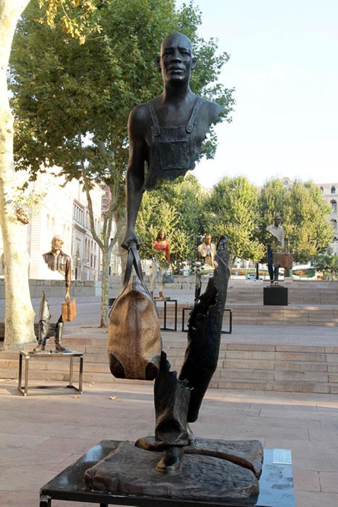 Statuile isi cauta bucatile lipsa - Poza 6