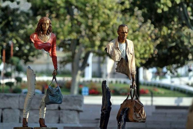Statuile isi cauta bucatile lipsa - Poza 8