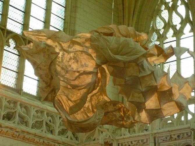 Sculpturi plutitoare, din hartie artizanala - Poza 7