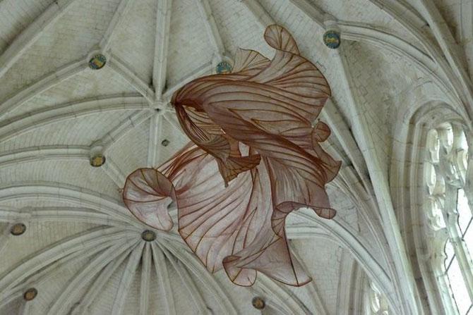 Sculpturi plutitoare, din hartie artizanala - Poza 10
