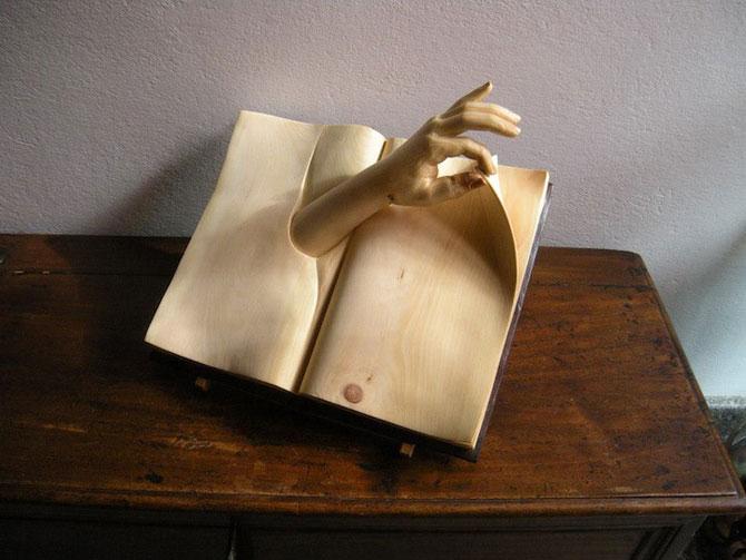 Viata sculptata in lemn si carti de Nino Orlandi - Poza 2