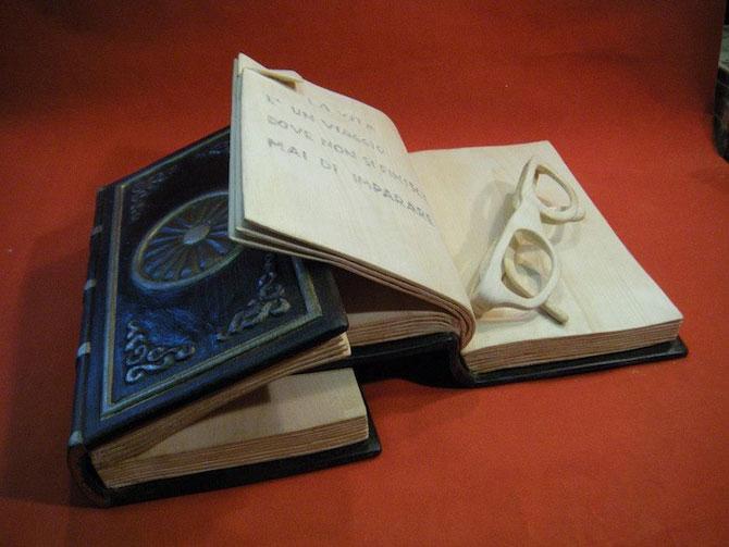 Viata sculptata in lemn si carti de Nino Orlandi - Poza 3