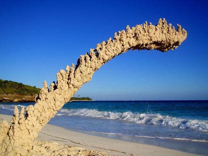 Sculpturi de nisip care sfideaza gravitatia - Poza 6