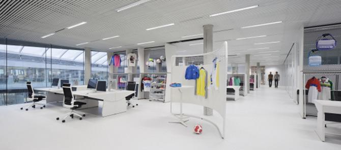 Adidas isi tine angajatii in forma la noul sediu - Poza 24