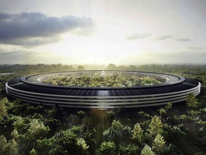 Visul lui Steve Jobs: Sediul Apple OZN - Poza 4