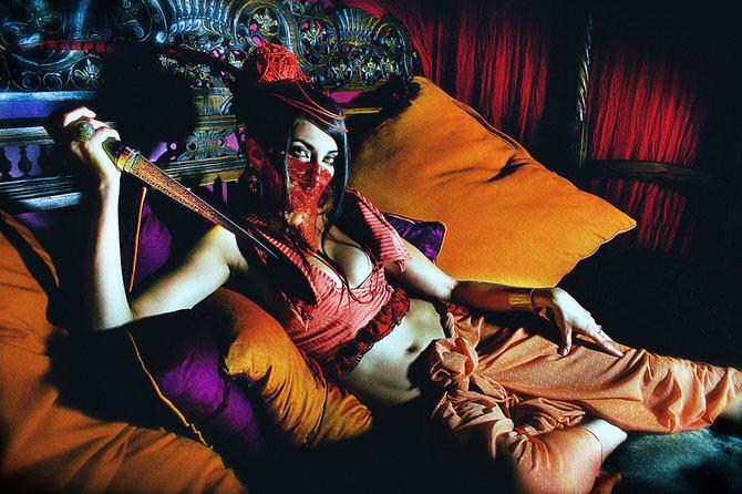 Carnaval burlesc cu Sequoia Emmanuelle - Poza 9
