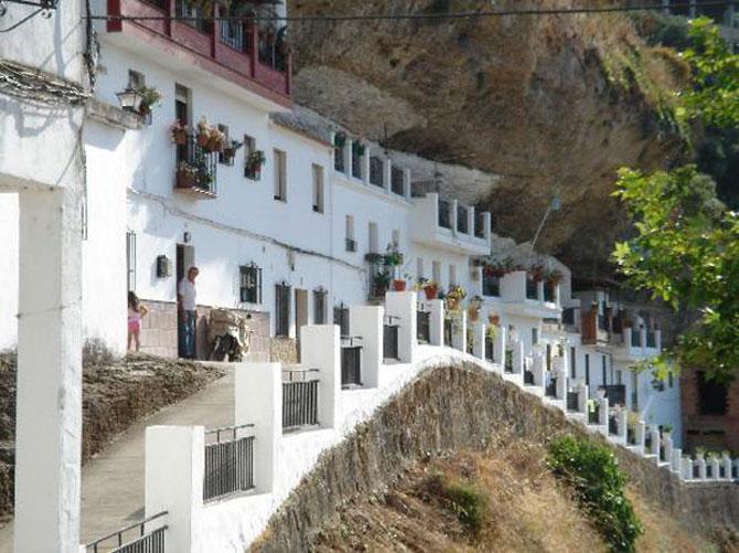 Orasul din stanca: Setenil de las Bodegas, Spania - Poza 6
