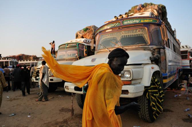 Africa, intre frumusete si razboaie, de Shannon Jensen - Poza 6