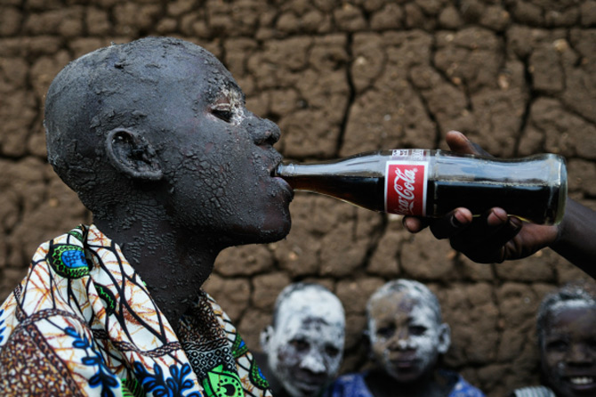 Africa, intre frumusete si razboaie, de Shannon Jensen - Poza 9
