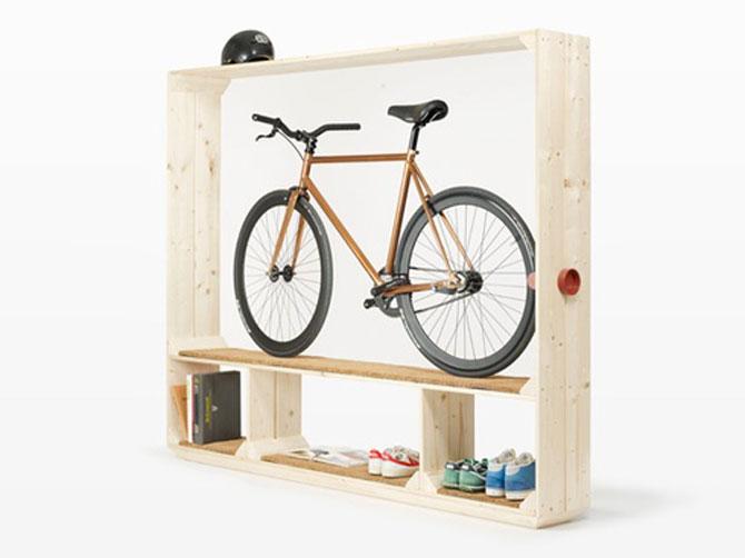 Suficient spatiu pentru pantofi, carti si o bicicleta - Poza 3