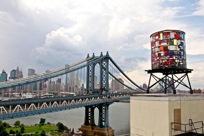 Turn vitraliu Brooklyn Tom Fruin