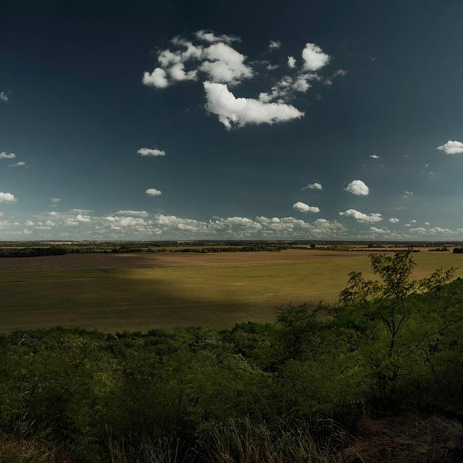 Somnul razboiului naste peisaje, de Peter Hebeisen - Poza 3