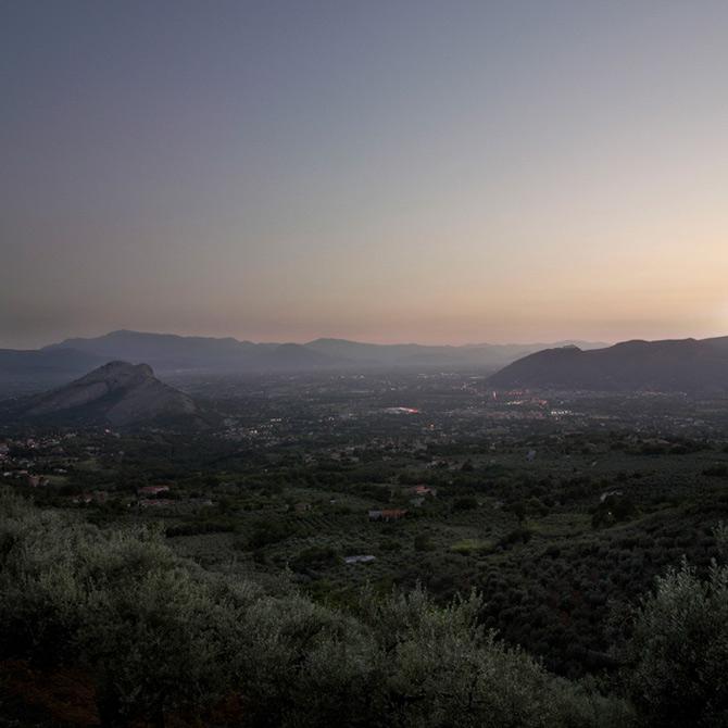 Somnul razboiului naste peisaje, de Peter Hebeisen - Poza 7