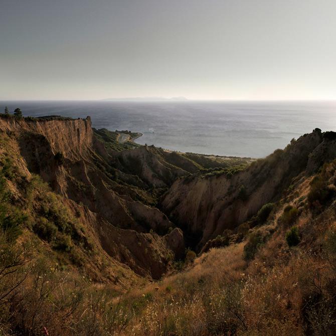 Somnul razboiului naste peisaje, de Peter Hebeisen - Poza 8