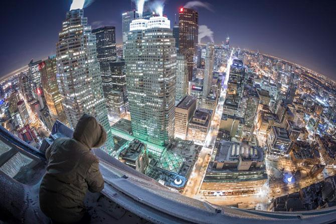 Toronto inghetat, vazut de pe zgarie-nori - Poza 1