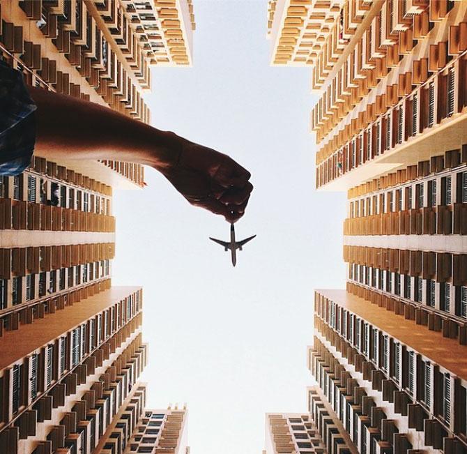 Cu avionul de jucarie, de Varun Thota - Poza 1