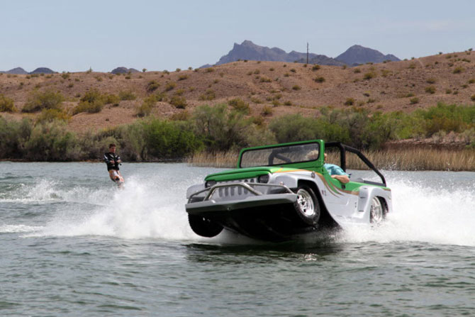 Cel mai rapid vehicul amfibie: Watercar Panther - Poza 1