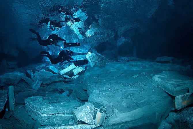 Scufundari in pestera cristalelor cu Viktor Lyagushkin - Poza 20