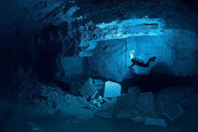Scufundari in pestera cristalelor cu Viktor Lyagushkin - Poza 23