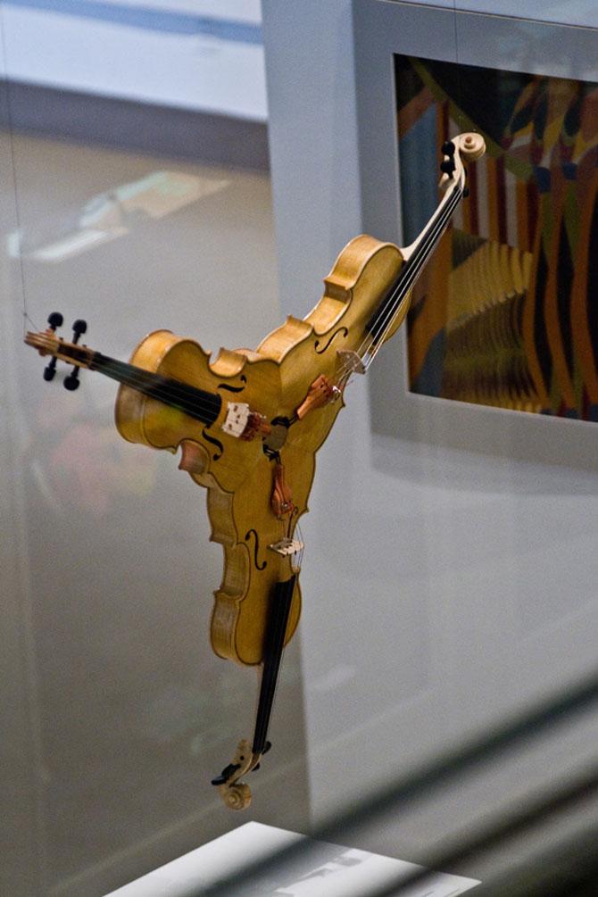 Triolin, o vioara tripla de Alex Sobolev - Poza 1
