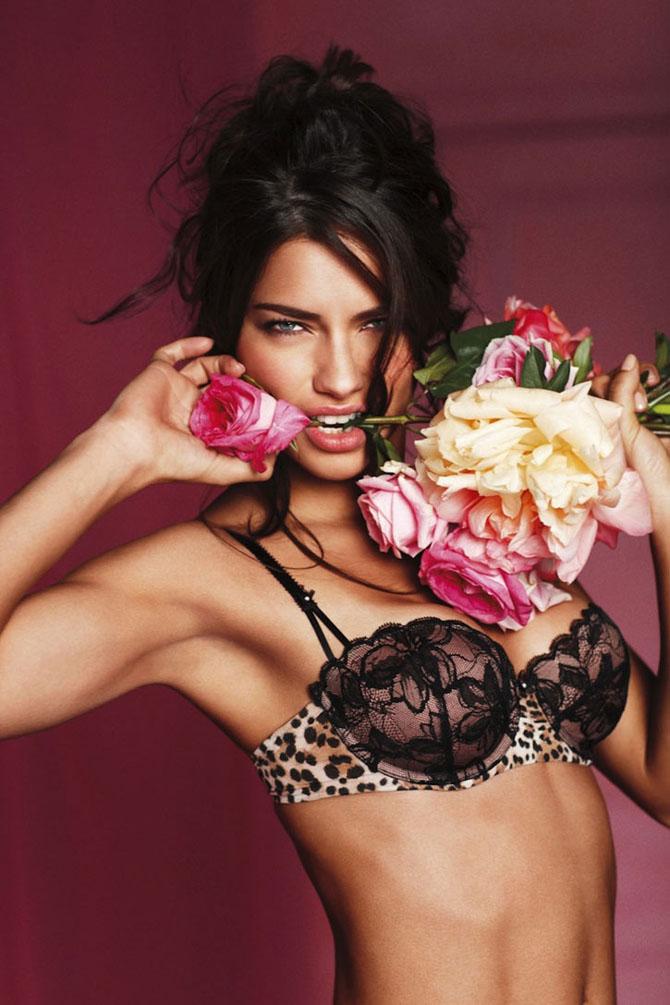 Modelele Victoria's Secret au pozat pentru Valentines Day - Poza 2