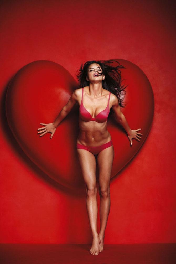 Modelele Victoria's Secret au pozat pentru Valentines Day - Poza 19