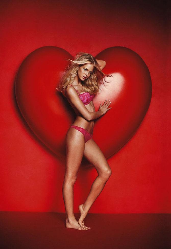 Modelele Victoria's Secret au pozat pentru Valentines Day - Poza 20