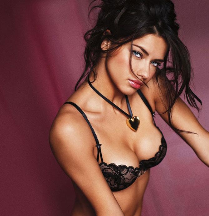 Modelele Victoria's Secret au pozat pentru Valentines Day - Poza 3