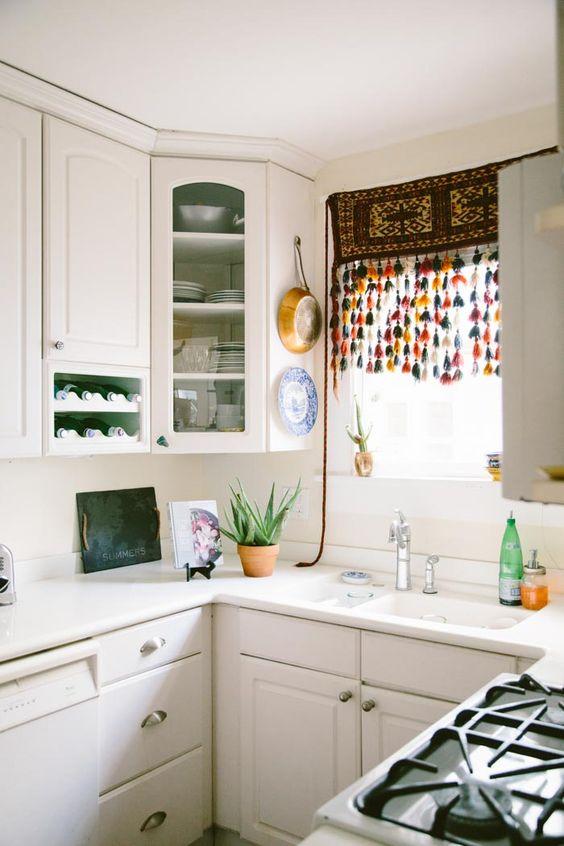 Idei geniale de amenajare a bucatariilor mici - Poza 21