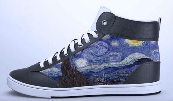 Pantofii care isi schimba culoarea printr-o aplictie
