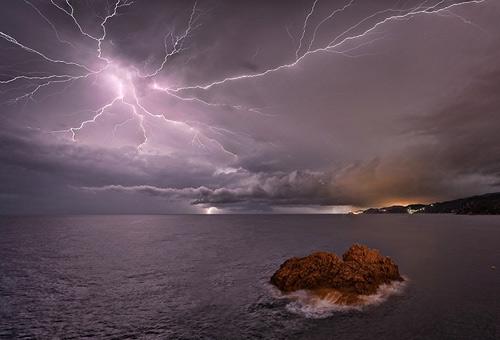39 de fotografii uimitoare ale fulgerelor - Poza 37