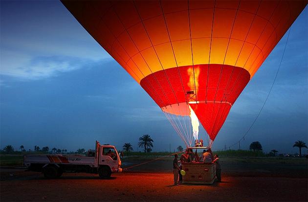 Cu balonul deasupra Egiptului - Poza 1